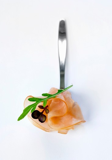Stock Photo: 1532R-59368 Slightly smoked fillet of ham with rocket on a spoon