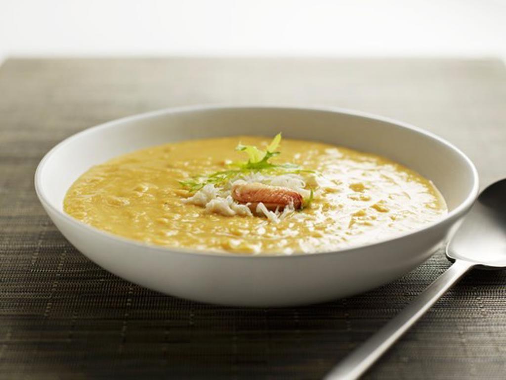 Crab corn chowder : Stock Photo