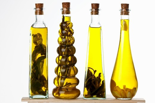 Stock Photo: 1532R-62655 Bottles of olive oil with various aromas