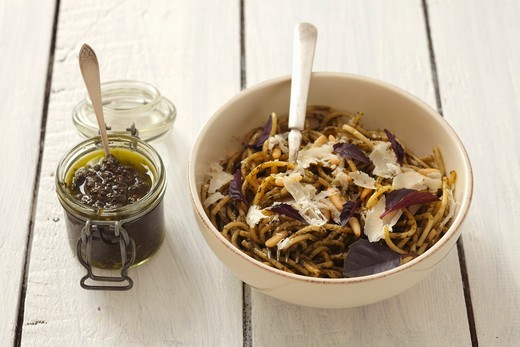 Stock Photo: 1532R-62978 Spaghetti with purple basil pesto and Parmesan cheese