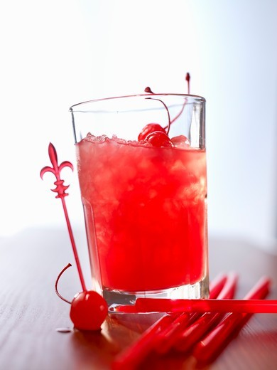 Stock Photo: 1532R-64367 'Zombie' (cocktail) with rum and fruit juice