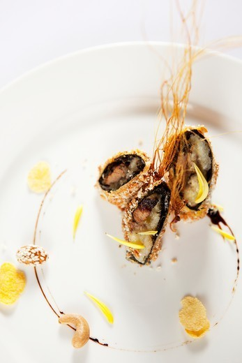 Stock Photo: 1532R-65468 Crispy beef roll banana
