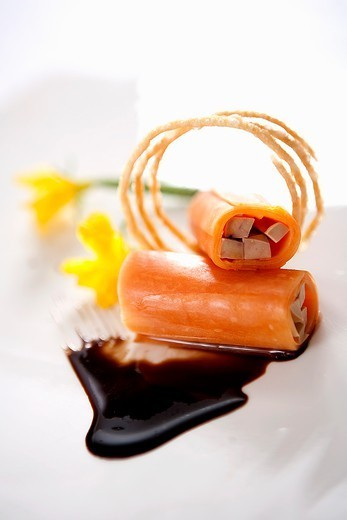 Stock Photo: 1532R-65613 Papaya foie gras