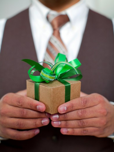 Hispanic Holiday Lifestyle, Gift giving : Stock Photo