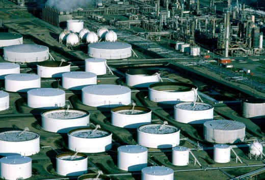 Stock Photo: 1555R-129089 Aerial view of oil refinery