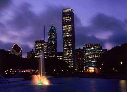 Stock Photo: 1555R-144058 Chicago skyline