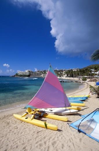 Stock Photo: 1555R-156040 Boats on beach