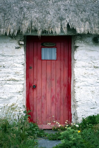 Cottage doorway : Stock Photo