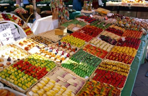 Stock Photo: 1555R-160095 Market in Nice, France