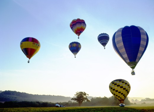 Stock Photo: 1555R-195011 Hot air balloons