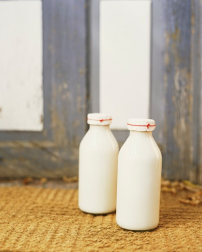 Stock Photo: 1555R-304670 Milk Bottles