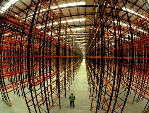 Stock Photo: 1555R-3068 Empty warehouse