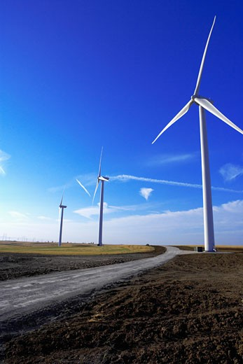 Stock Photo: 1555R-310327 Wind farm