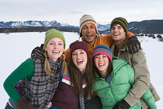 Stock Photo: 1555R-314197 Friends having fun on winter day