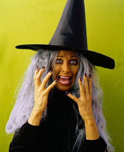 Stock Photo: 1555R-323888 Screaming witch