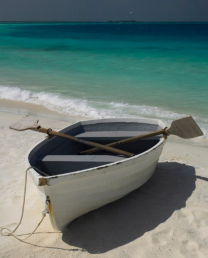 Stock Photo: 1555R-333238 Rowboat on beach