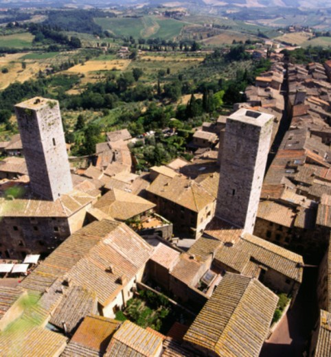 Stock Photo: 1555R-337706 Medieval San Gimignano, Italy