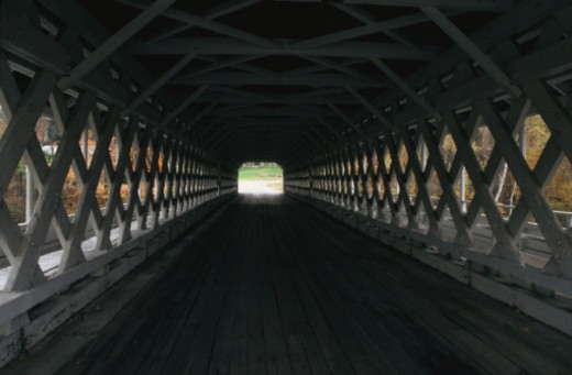 Stock Photo: 1555R-338603 Covered bridge