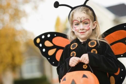 Stock Photo: 1555R-344311 Girl in Halloween costume