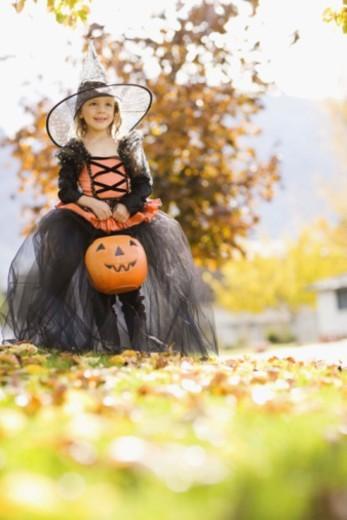 Stock Photo: 1555R-344323 Girl in Halloween costume