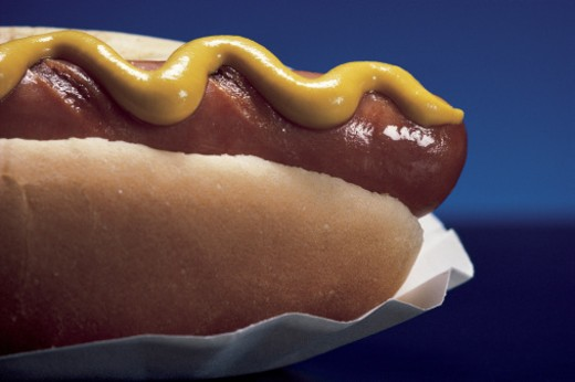 Hot dog with mustard : Stock Photo