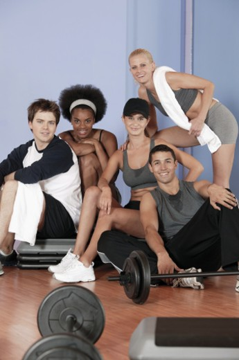 Stock Photo: 1557R-292862 Large group of people at gym