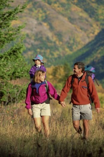 Stock Photo: 1557R-298697 Family hiking
