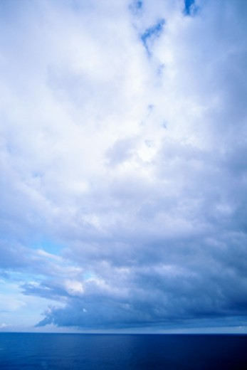 Stock Photo: 1557R-373992 Clouds over ocean, Kauai, Hawaii