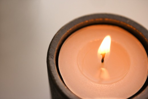 Stock Photo: 1557R-388954 Lit candle