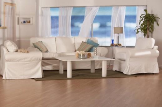 Stock Photo: 1557R-397683 beachhouse living room