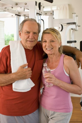 Stock Photo: 1557R-399870 couple in personal gym