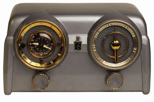 Antique radio : Stock Photo
