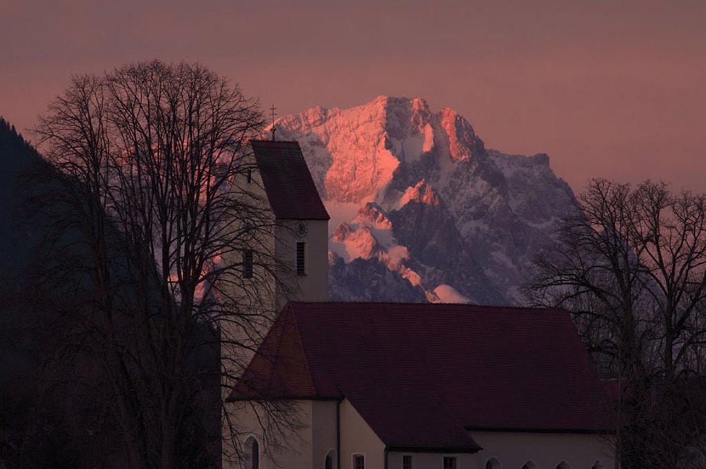 Germany, waiter-Bavaria, cell, church, detail, Zugspitzmassiv, morning-red, Bavaria, village, place, parish-church, steeple, mountains, weather-stone-mountains, Zugspitze, morning-mood, mood, romanticism, silence, silence, : Stock Photo
