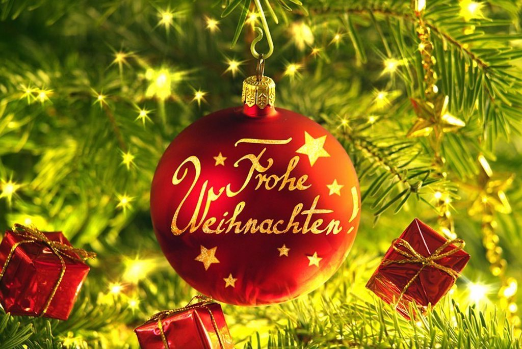 Christmas, Christian-tree, close-up, fir-branches, Christian-tree-ball, red, stroke, ´glad Christmas´, M, fir-tree, detail, branches, decorated, decoration, ornament, Christmas-jewelry, Christian-tree-jewelry, tree-jewelry, approximately, Dekokugel, gla : Stock Photo