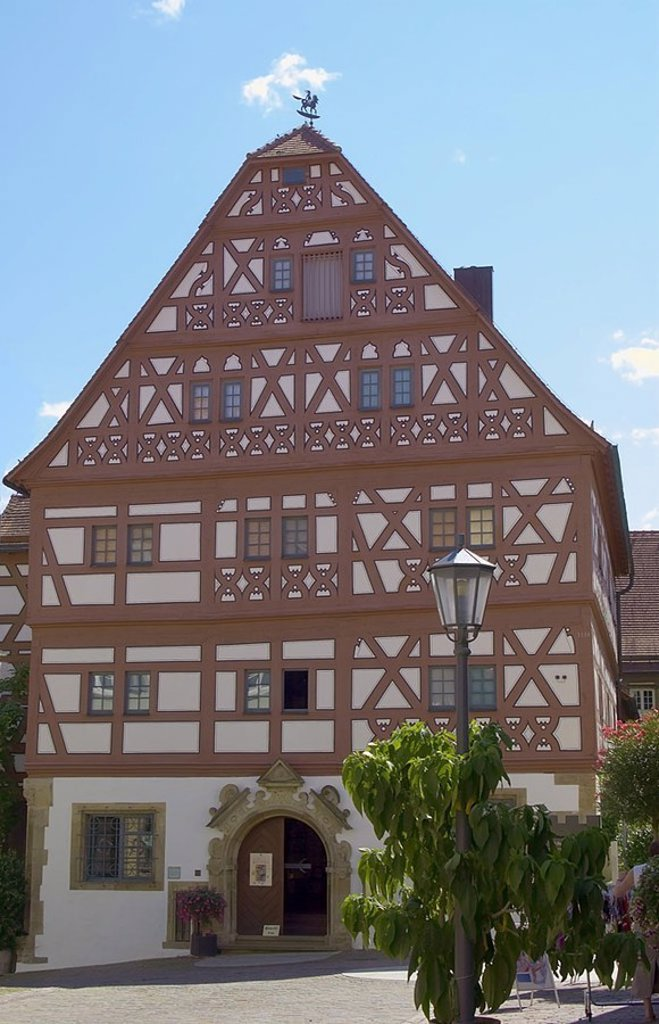 Germany, Baden-Württemberg, Bietigheim-Bissingen, timbering-house, urban gallery, city, Bietigheim, city-opinion, old part of town, buildings, architecture, house-facade, gallery, facade, timbering, historically, timbering-houses, summers, outside, : Stock Photo