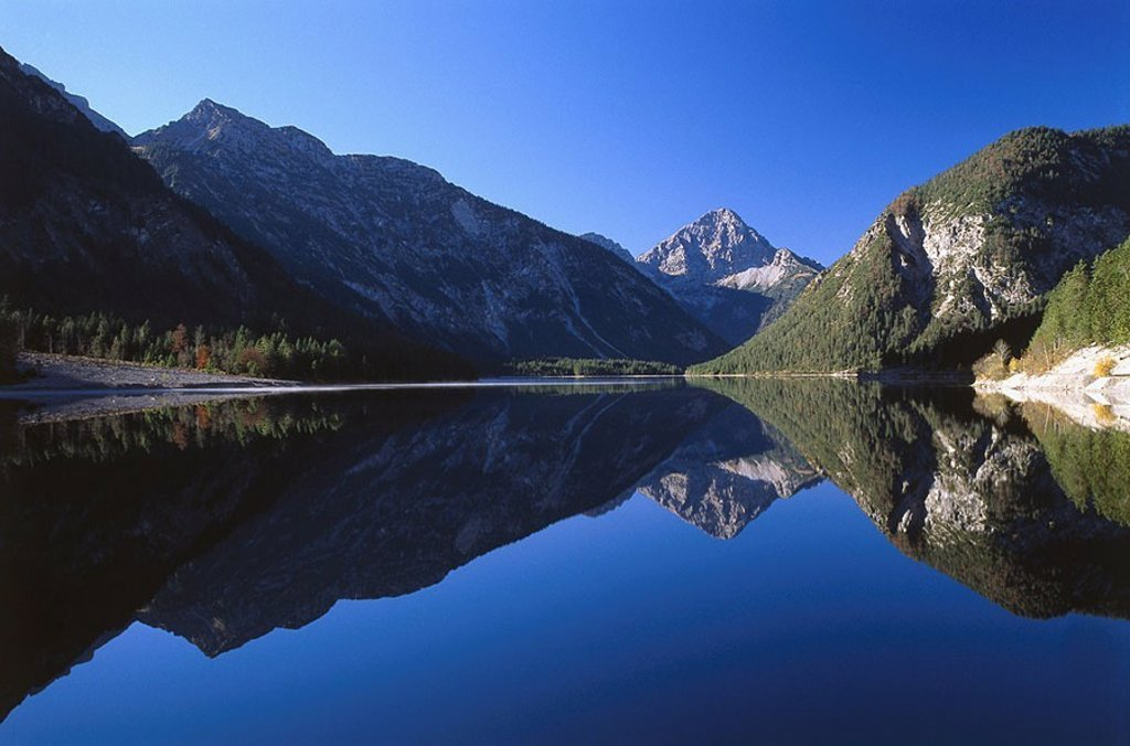 Stock Photo: 1558-125959 Austria, Tyrol, Außerfern, plan-sea, mountains, reflection, highland-shaft, Alps, sea, mountain lake, heavens, blue, clear, cloudless, smooth, windless, quietly, late summers, autumn, water-reflection, summits, silence, silence, idylls, nobody, nature, bl