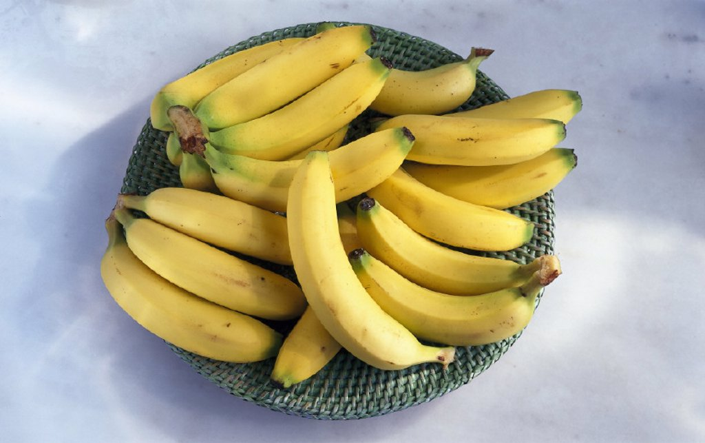 Bowl, Bananas, Still life : Stock Photo