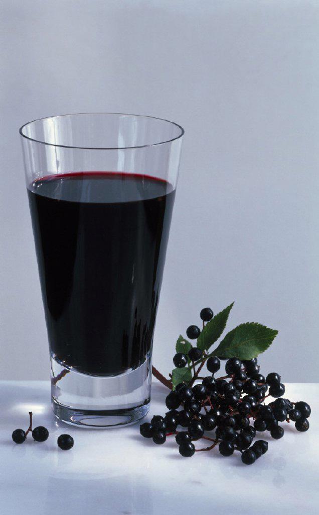 Stock Photo: 1558-129305 Elderberry juice, Elderberries