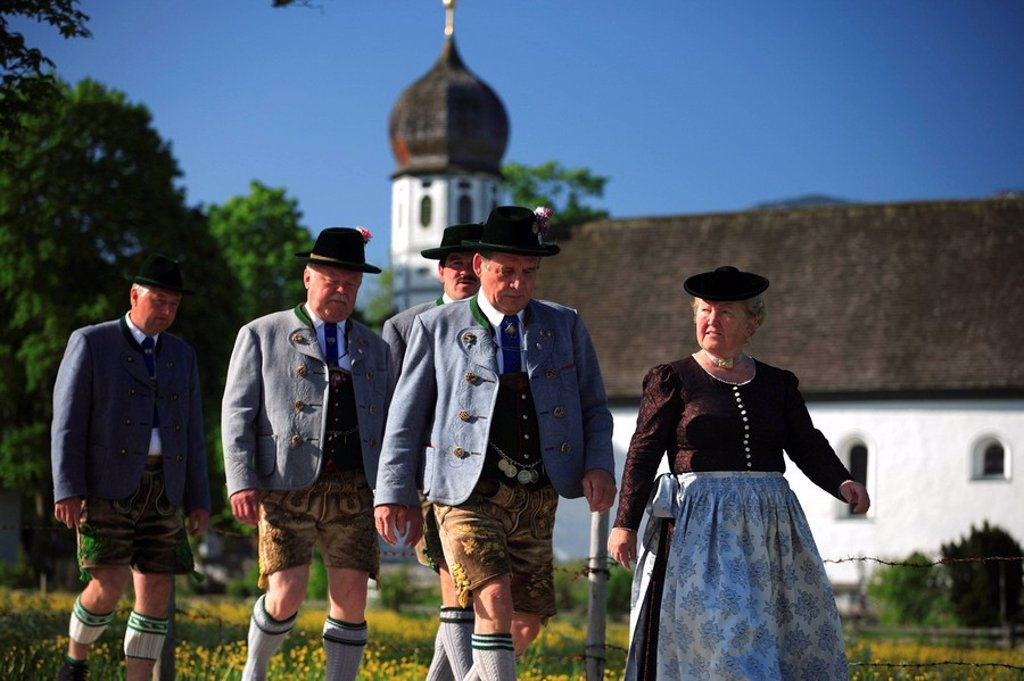 Germany, Bavaria, Fischbachau, Feast of Corpus Christi-day, traditional costum-pilgrimage, pilgrims, summer, no models release, Upper Bavaria, Leitzachtal, Feast of Corpus Christi-procession, pilgrimage, pilgrimage-destination birch-stone people pilgrims : Stock Photo