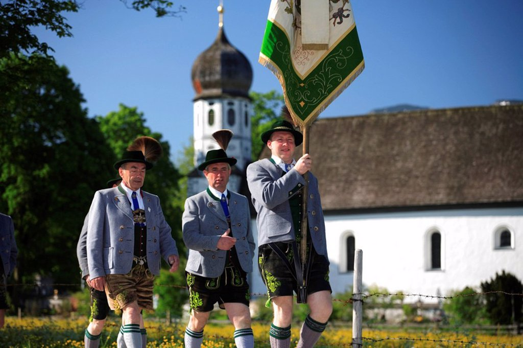 Stock Photo: 1558-134432 Germany, Bavaria, Fischbachau, Feast of Corpus Christi-day, traditional costum-pilgrimage, pilgrims, men, no models release, Upper Bavaria, Leitzachtal, Feast of Corpus Christi-procession, pilgrimage, pilgrimage-destination birch-stone people pilgrims bel