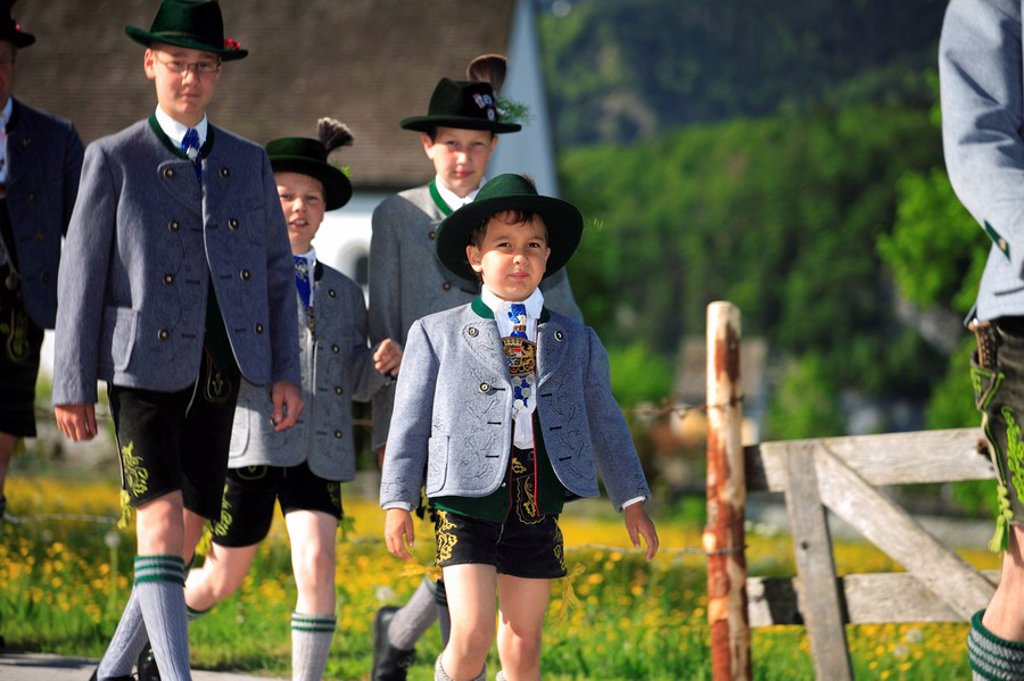 Germany, Bavaria, Fischbachau, Feast of Corpus Christi-day, traditional costum-pilgrimage, pilgrims, children, no models release, Upper Bavaria, Leitzachtal, Feast of Corpus Christi-procession, pilgrimage, pilgrimage-destination birch-stone people pilgrim : Stock Photo
