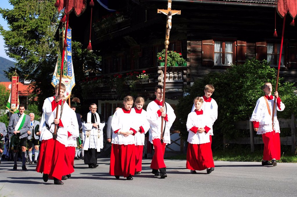 Stock Photo: 1558-134438 Germany, Bavaria, Fischbachau, Feast of Corpus Christi-day, traditional costum-pilgrimage, Ministranten, priests, no models release, Upper Bavaria, Leitzachtal, Feast of Corpus Christi-procession, pilgrimage, pilgrimage-destination birch-stone locality pe