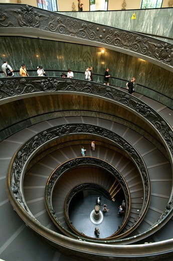 Stock Photo: 1558-147588 Italy, Rome, Vatican, Vatican museum, stairway_ascent, visitors,