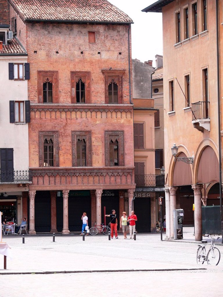 Italy, Lombardei, Mantua, house of the Giovanni Boniforte there Concorezzo Mantova place, city_palace, house, buildings, construction, historically, architecture, sight, people, passers_by, : Stock Photo