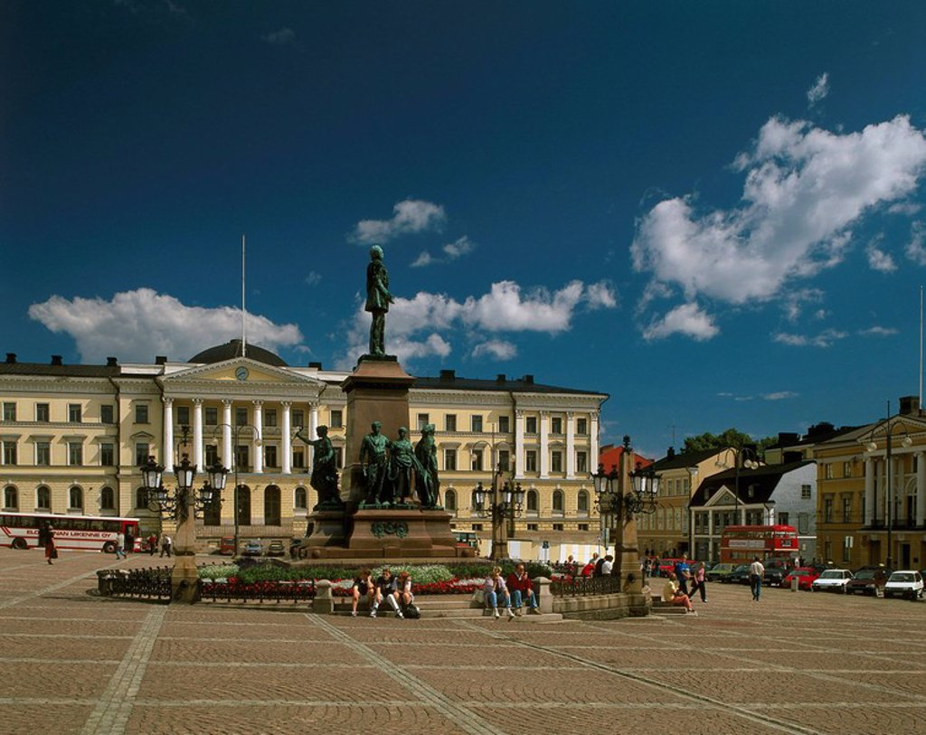 Stock Photo: 1558-150923 Finland, Helsinki, Senaatintori, monument, Czar Alexander II., Passers_by, summer, Helsingfors, Nyland, Uusimaa, capital, city, city view, senate_place, Senatstorget, place, statue, statue, people, clouded sky,