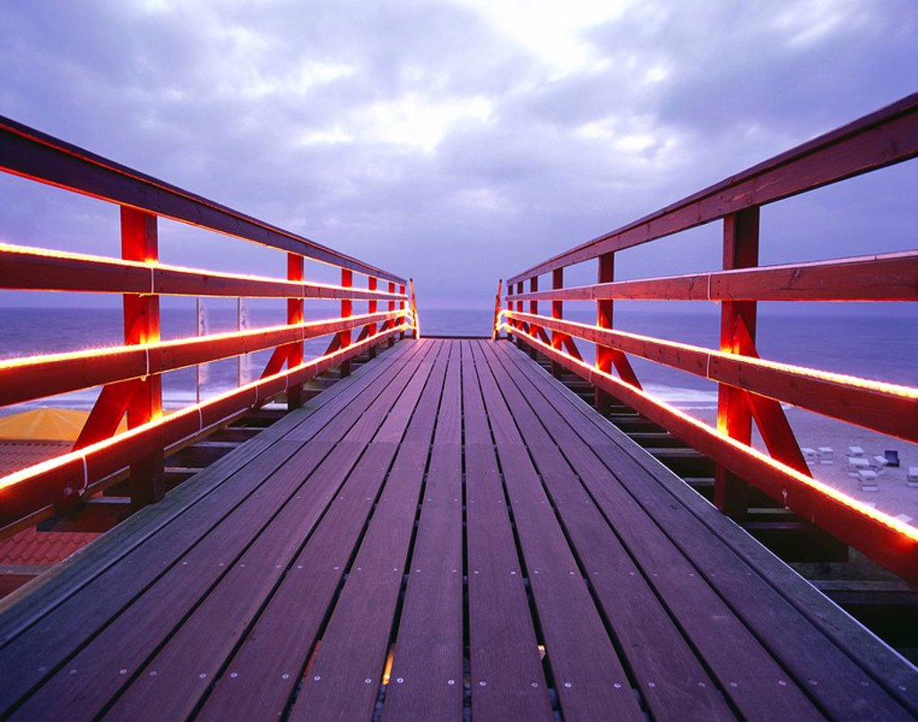 Germany, Schleswig_Holstein, Island Sylt, Wenningsted, bridge, lights, evening, : Stock Photo