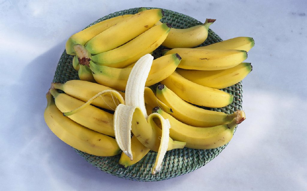 Stock Photo: 1558-51090 Bowl, Bananas