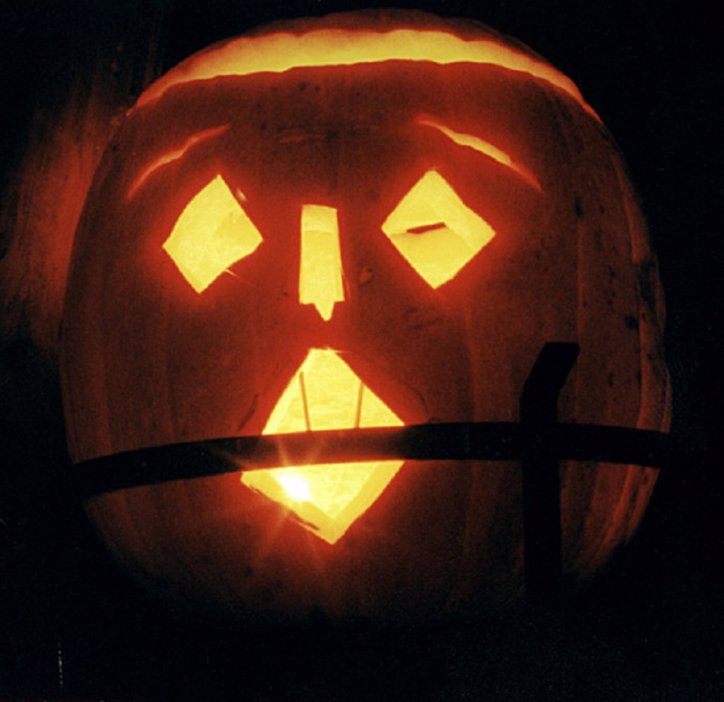 Stock Photo: 1558-56452 Halloween, pumpkin, face, hollowed out, light