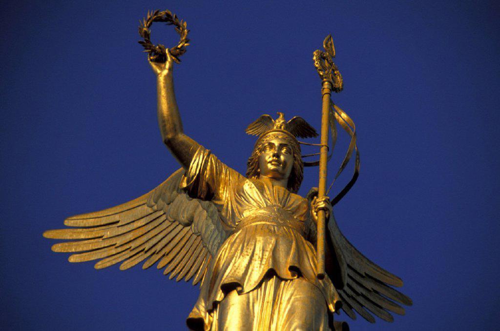 Stock Photo: 1558-56749 Germany, Berlin, Tiergarten, Column of victory