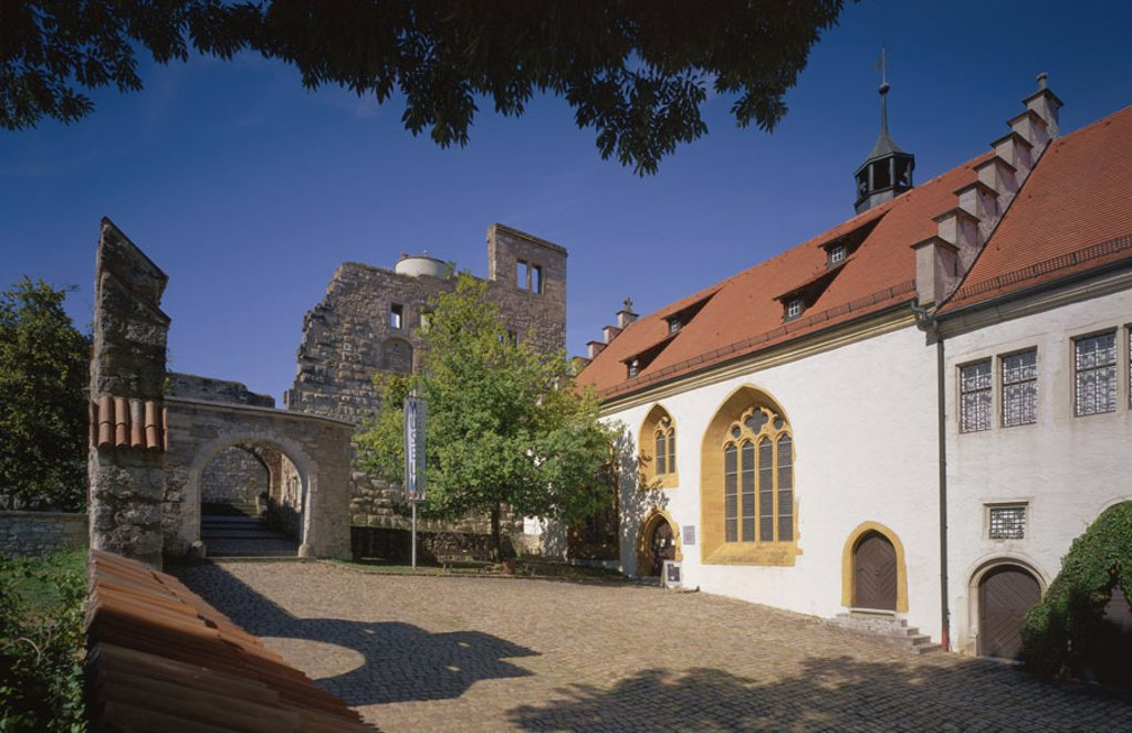 Stock Photo: 1558-61870 Germany, Baden-Württemberg,  Heath home in the Brenz, palace,  Lightens stone Europe, Central Europe, sight, palace buildings, buildings, construction, architecture, style, renaissance, renaissance palace, yard, inner courtyard, wall, ruin,